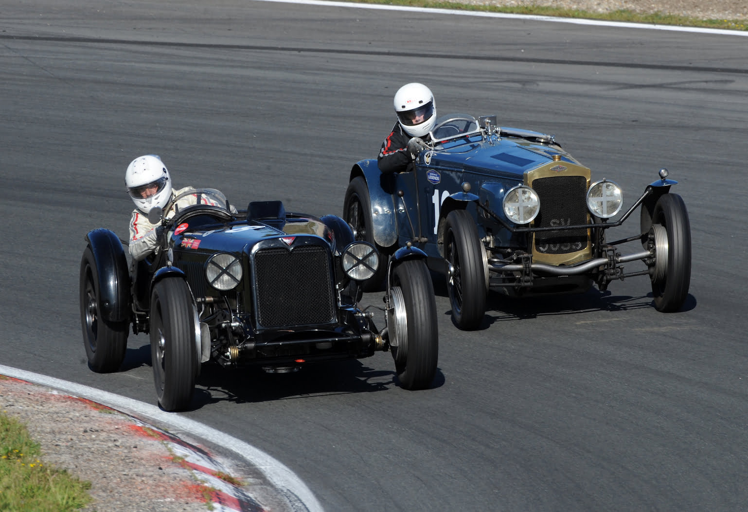 Nashers Day At The Seaside Motor Racing Legends